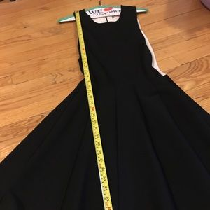 Parker Black and White Keyhole Dress